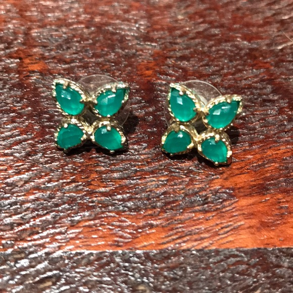 green sparkly swarovski dp pewterhooter emerald nbsp silver stud earrings crystals with